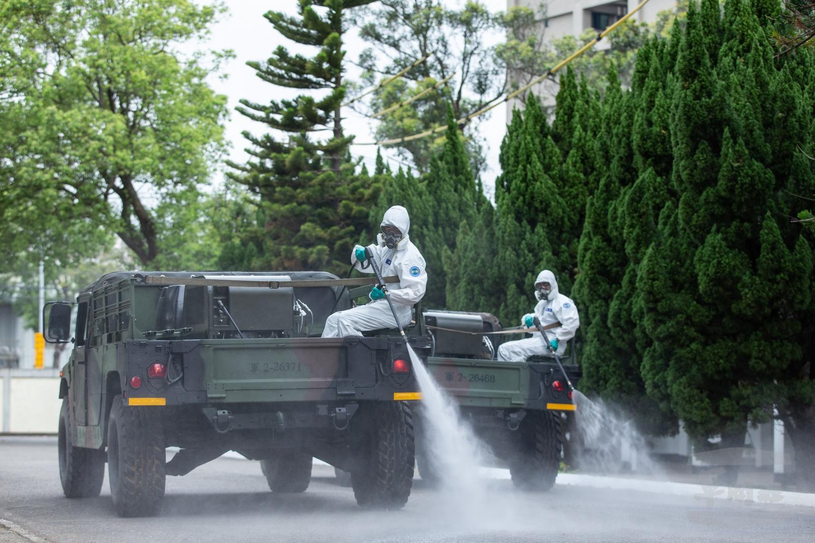 Dezinkfekce veřejných prostor na Tchaj-wanu