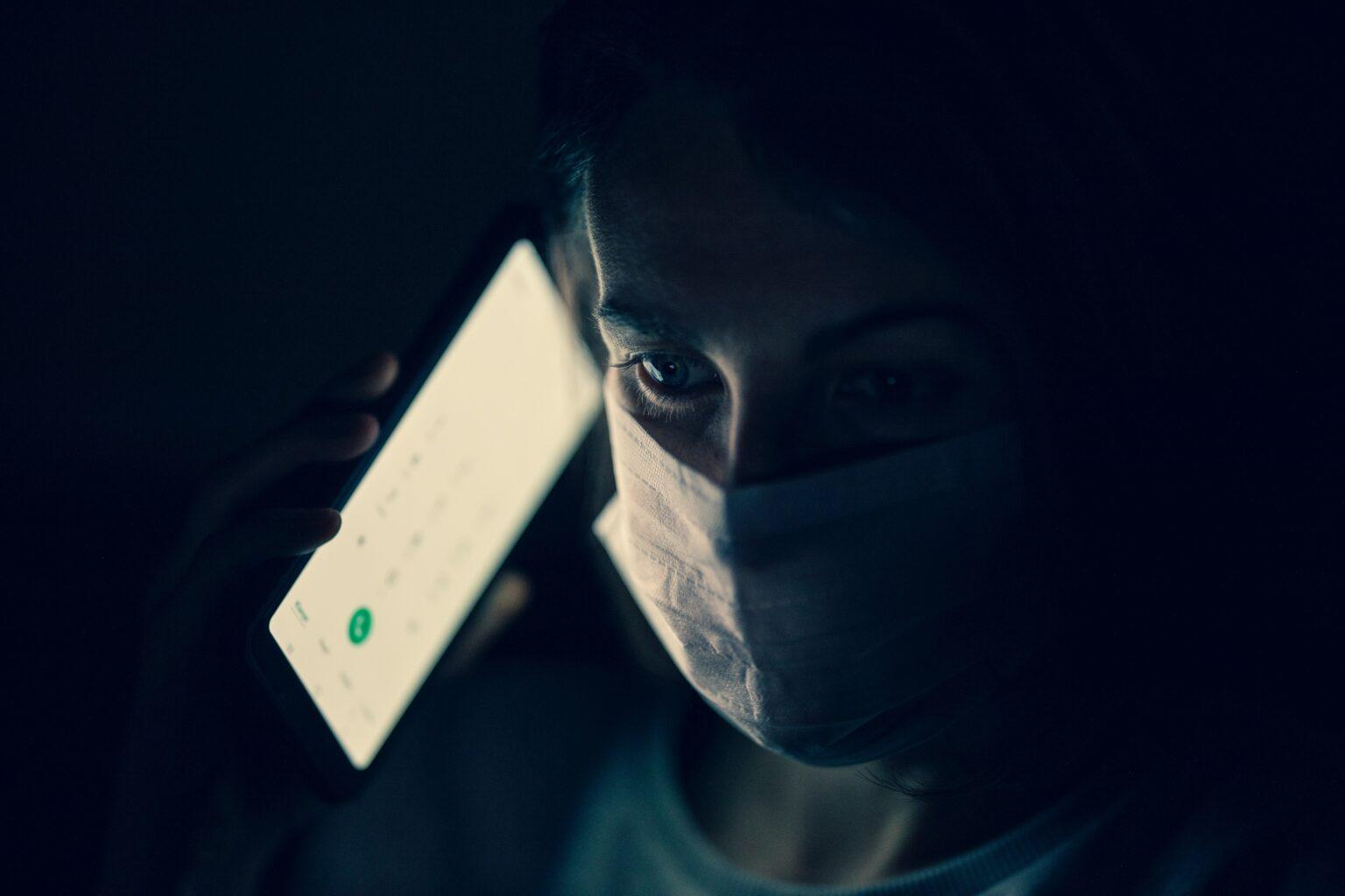Strach z neznámého aneb Proč lidé spojují 5G sítě s pandemií Covid-19